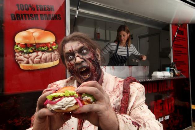 brain-food-truck-zombie